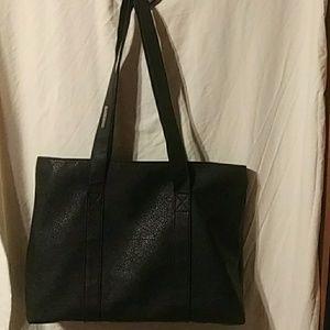 Large black unlisted tote bag
